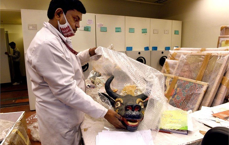 Art objects being packed at the Indira Gandhi National Centre for the Arts