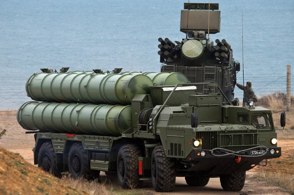 Russian S-400 anti-aircraft weapon system in Crimea