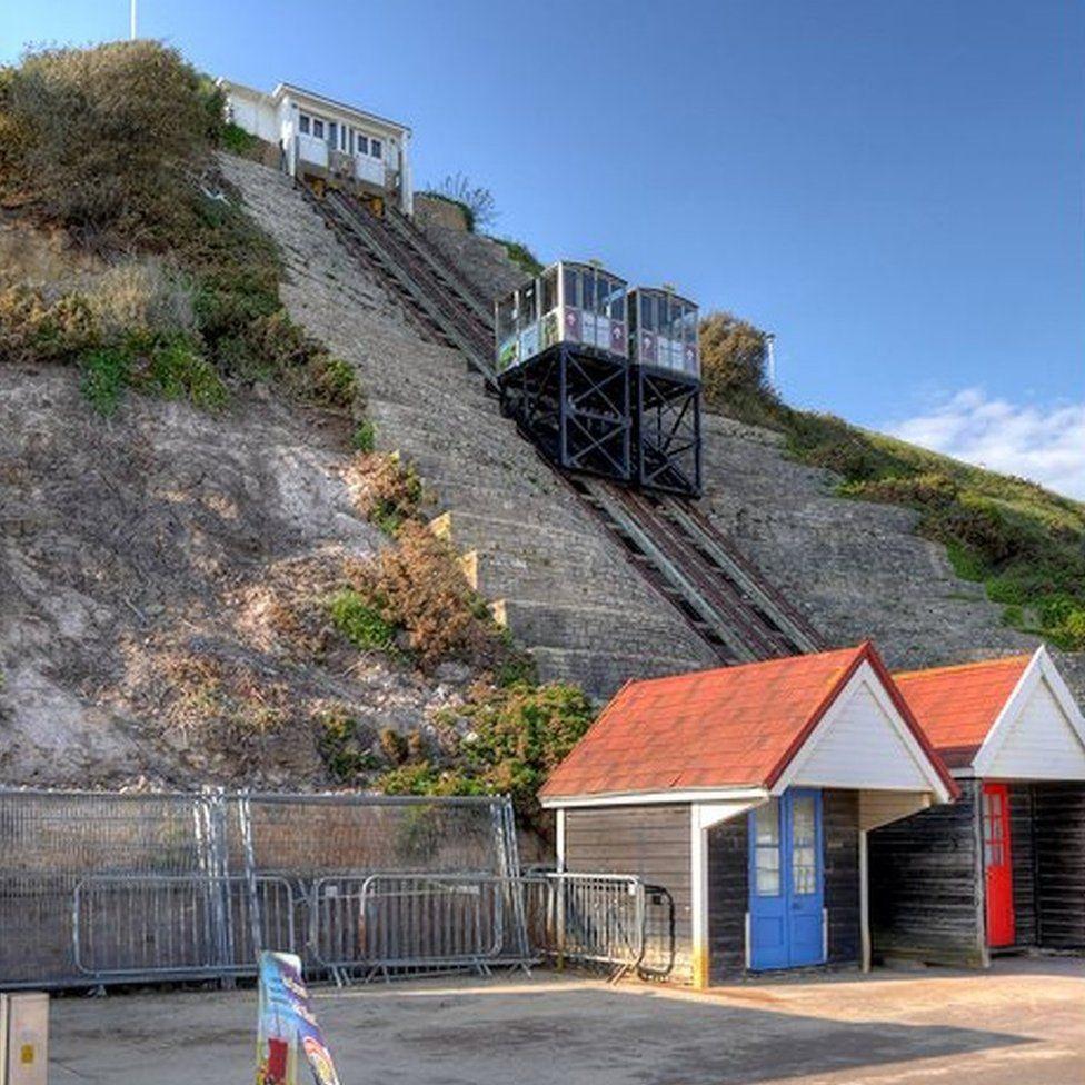 Fisherman's Walk Cliff Lift