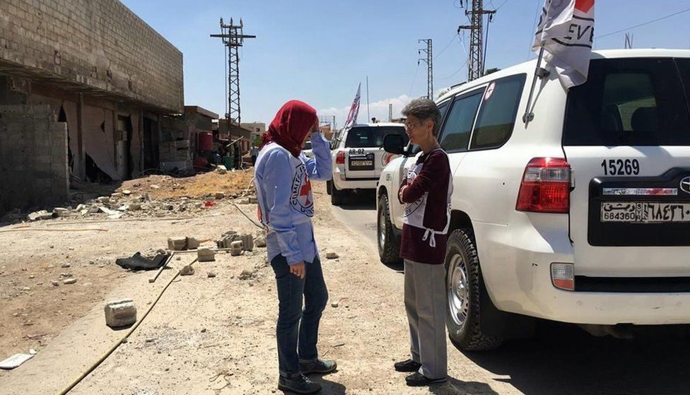 ICRC photo of the Darayya convoy