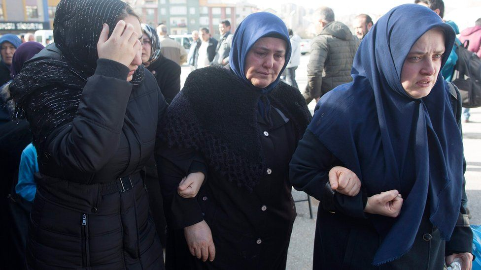 Relatives of victims at the morgue in Ankara on 18 February 2016