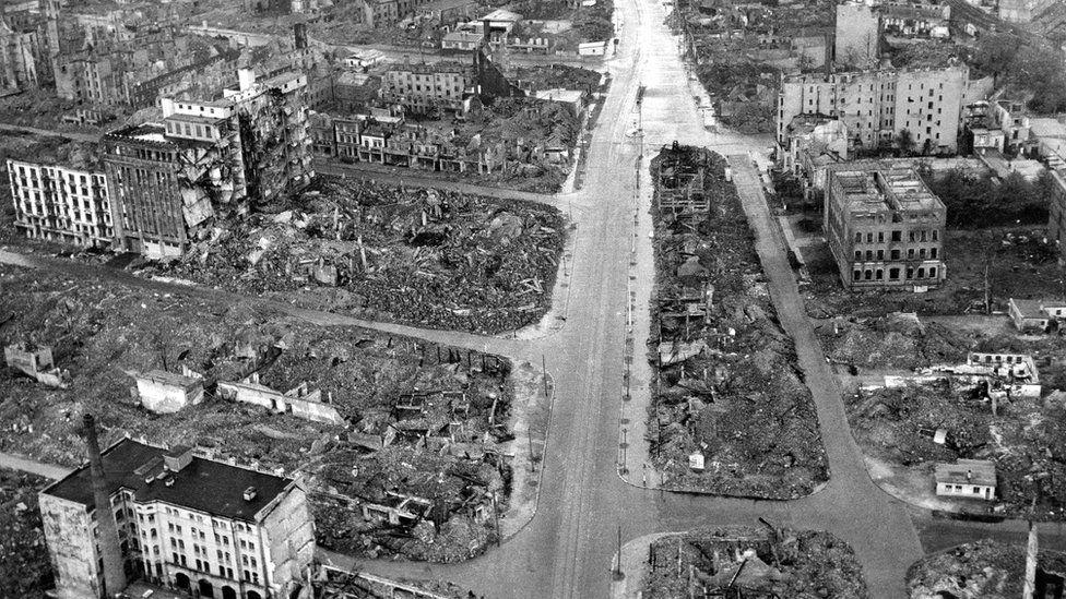 Hamburg ruins, 3 May 45 (RAF photo)