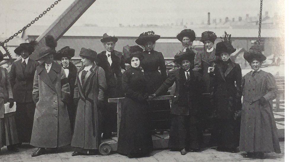 Titanic survivors aboard SS Lapland