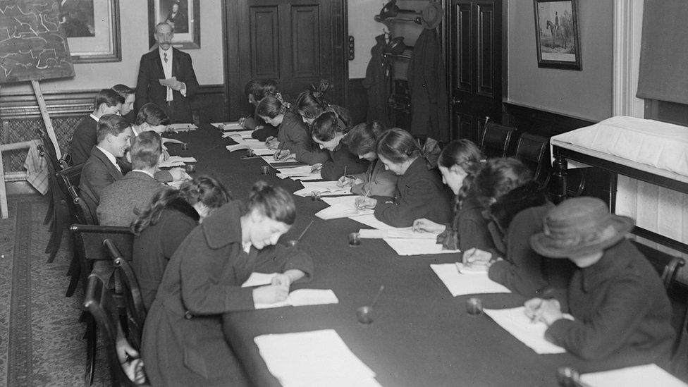 December 1917: Shorthand classes for London and North Western Railway staff