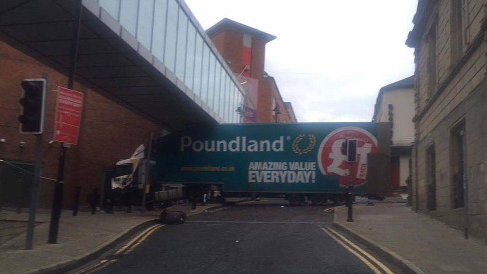The lorry ended up under a footbridge at Foyleside shopping centre