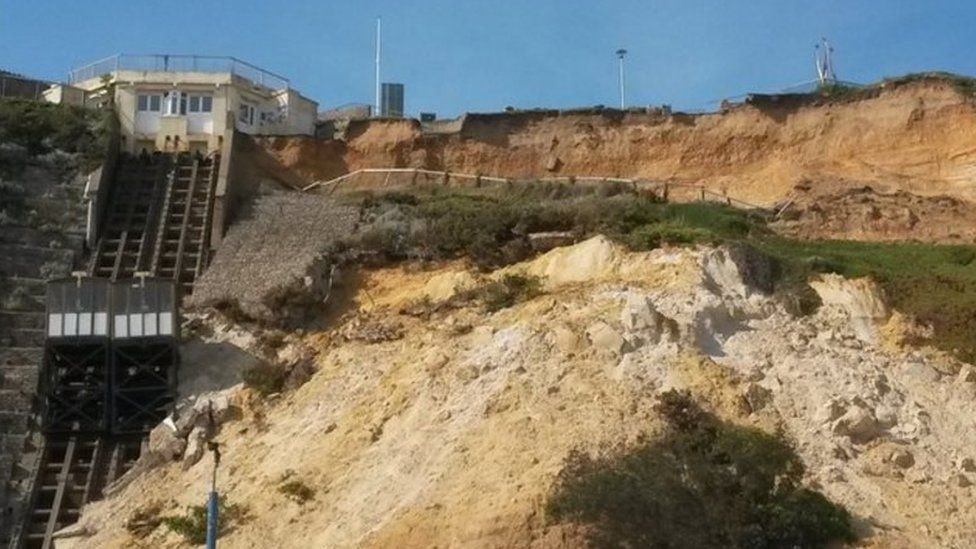 East Cliff lift following the landslip