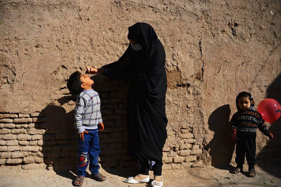 Afghanistan polio: UN plans nationwide vaccine campaign thumbnail