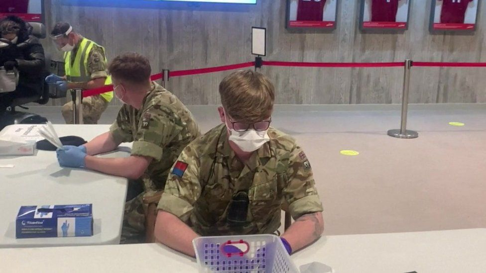 Soldiers at the test centre