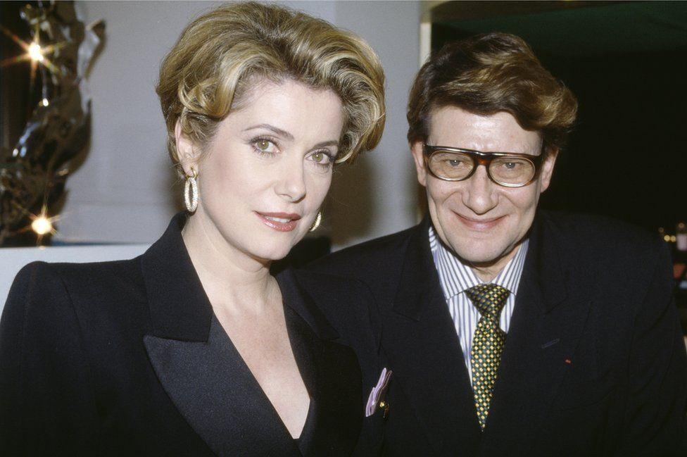 Акторка та дизайнер у 1987 році