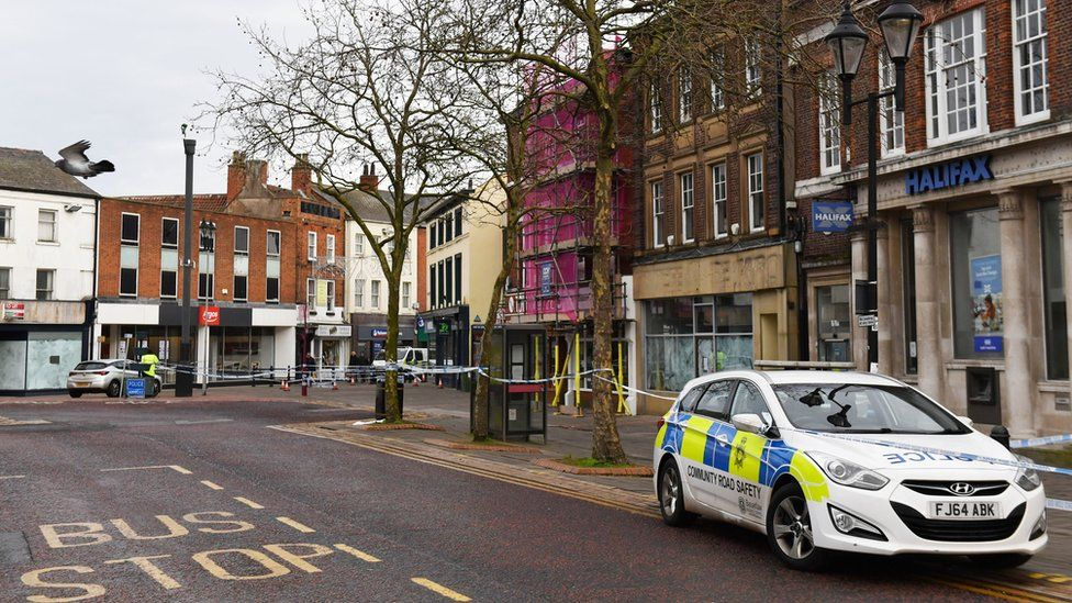 Police close off parts of Retford town centre