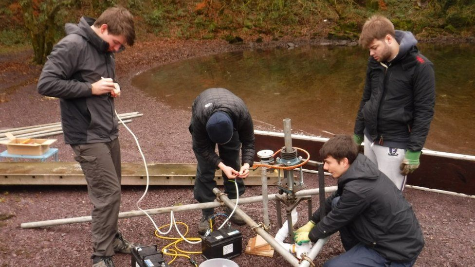 University students creating a machine which rebuilds ice, using wind power