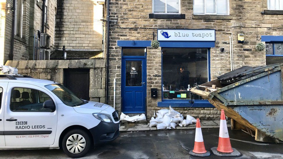 The Blue Teapot during the floods