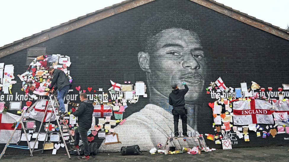 The mural of Marcus Rashford has now been cleaned