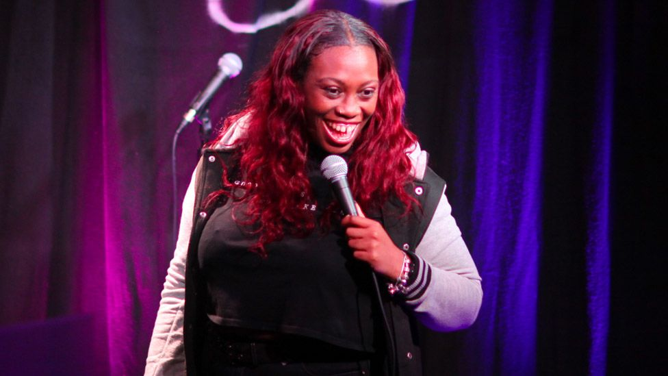 Sikisa at the Angel Comedy Club