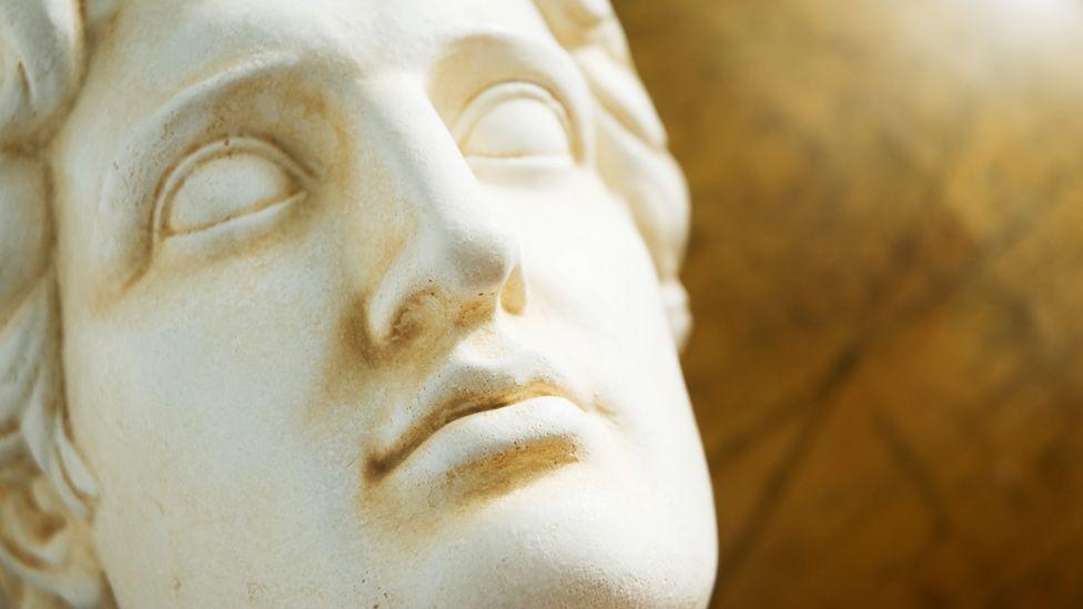 A nova teoria que tenta explicar os mistérios que cercam a morte de Alexandre, o Grande