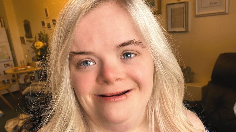 Heidi Crowter