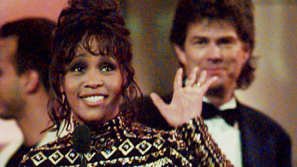 Whitney Houston at the Grammys in 1994