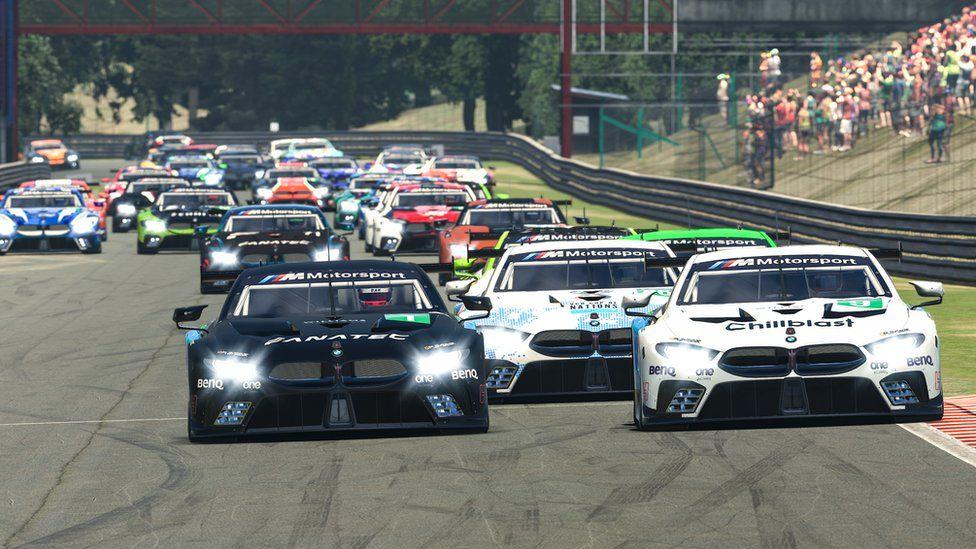 The BMW Sim 120 Cup race in virtual Sao Paulo