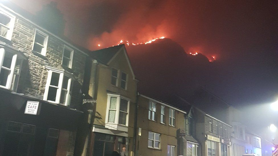 Chris McPhail took this image of the fire from the centre of Blaenau Ffestiniog