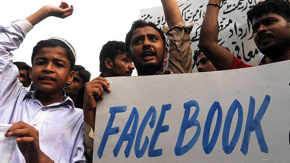 Anti-Facebook demo