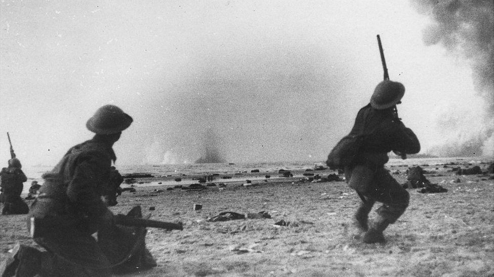 British troops firing at German bombers, 20 Jun 40