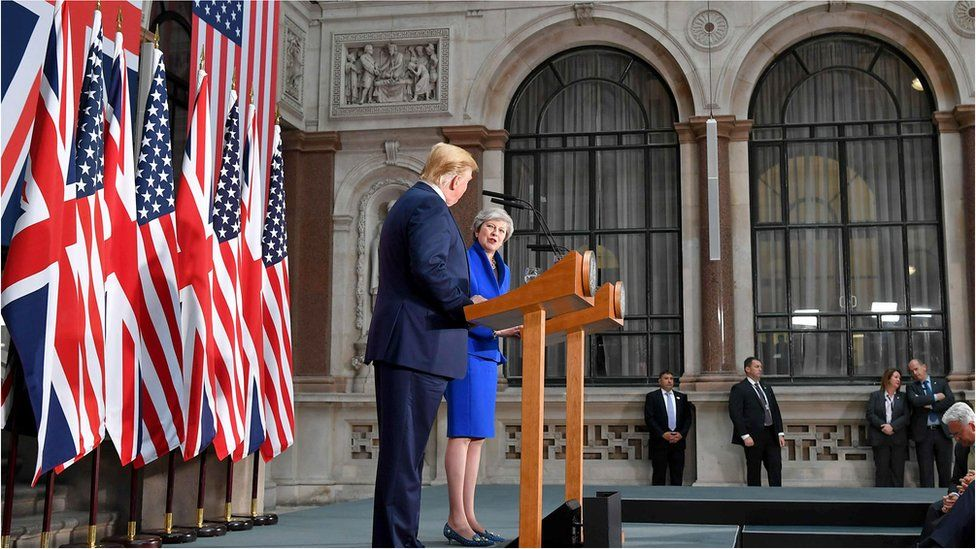 President Trump and Prime Minister Theresa May giving a press conference