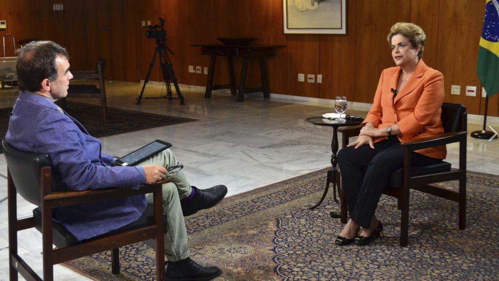 Brazil's President Dilma Rousseff (right) and BBC correspondent Wyre Davies