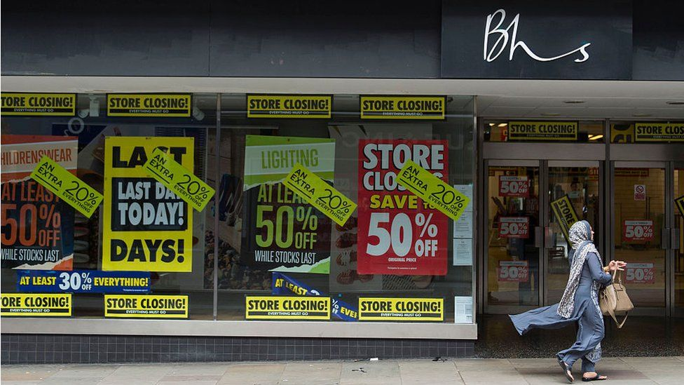 BHS closing down sales