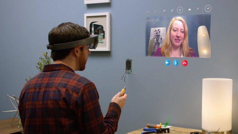 Skype on Hololens