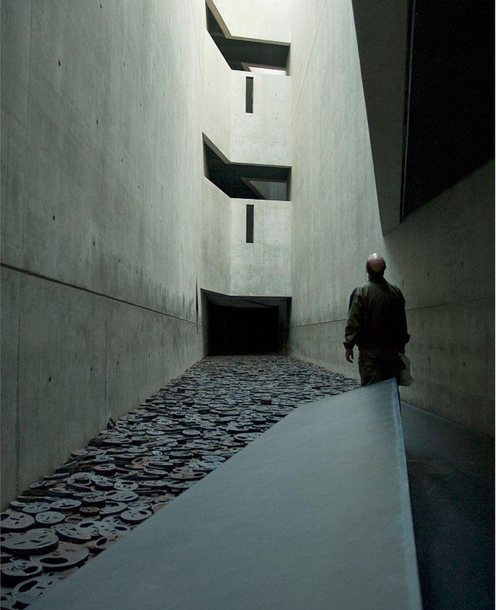 Inside the Berlin Holocaust Museum