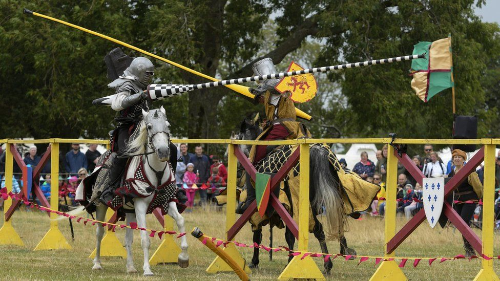 in pictures caerlaverock castle jousting bbc news
