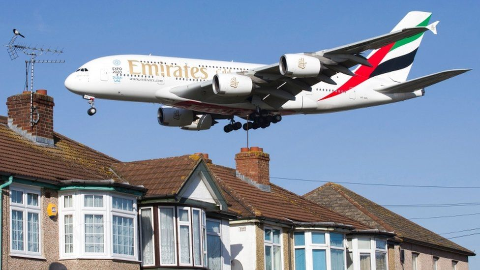 Plane arriving at Heathrow