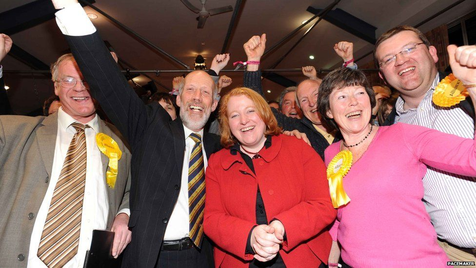 In 2010, Alliance celebrated after Naomi Long won the Westminster seat that the DUP's Peter Robinson had held for more than 30 years