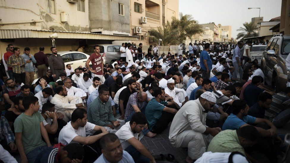 Bahraini demonstrators protest against the revocation of Sheikh Isa Qassim's citizenship
