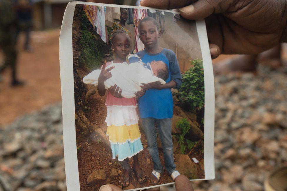 Photograph of Yatta's two dead children and dead grandchild