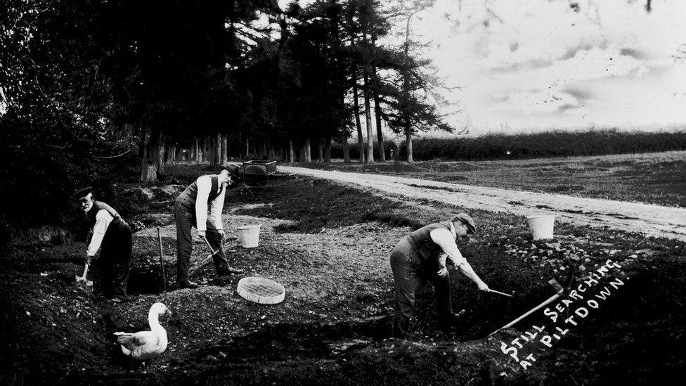 old photo of Piltdown excavation