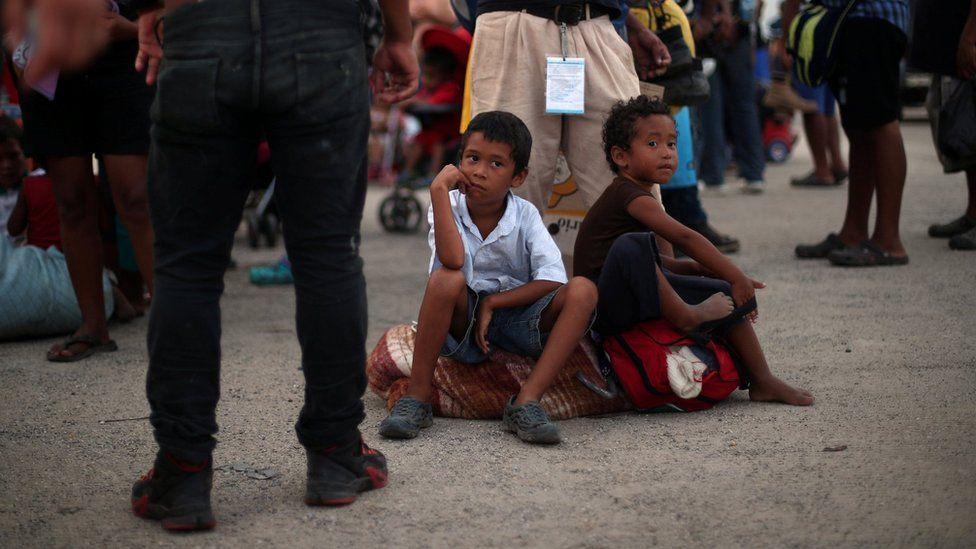 Jeferson Monterrosa, aged 4, and Jonatan Monterrosa, aged 6. migrant brothers from Honduras, 2 November 2018