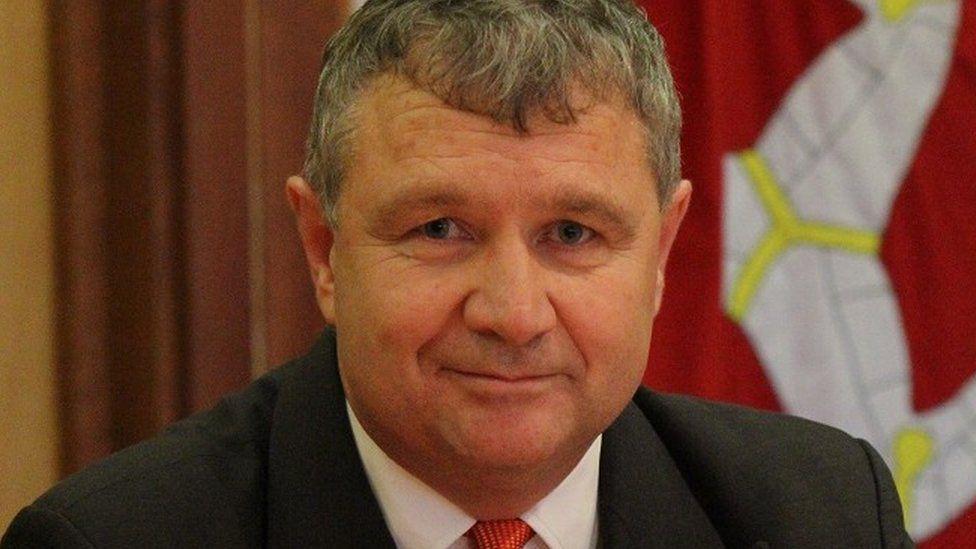 Chris Thomas MHK