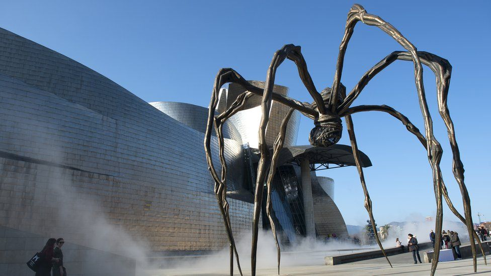 Louise Bourgeois's Maman sculpture