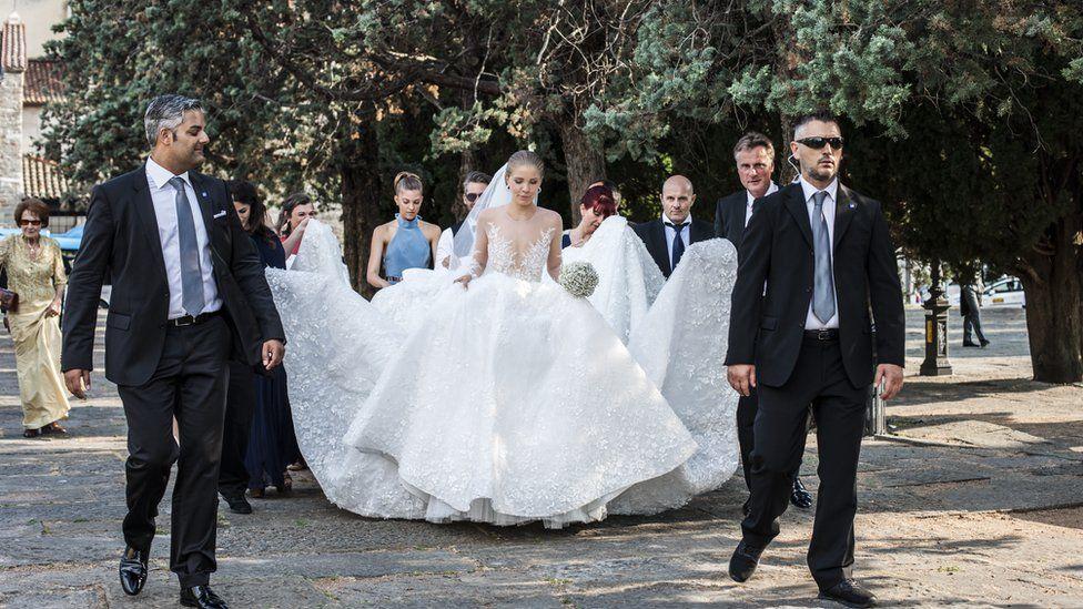 Victoria wedding dress
