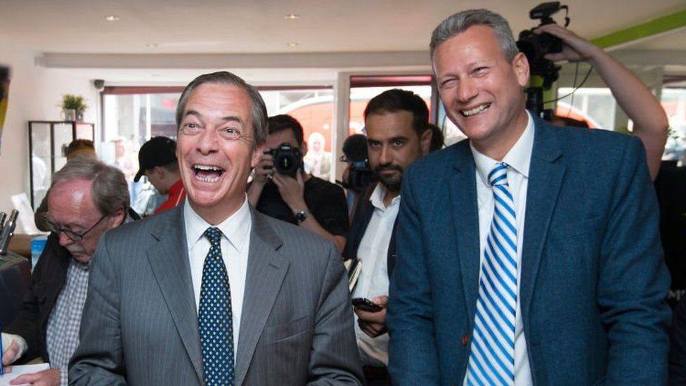 Nigel Farage a Nathan Gill