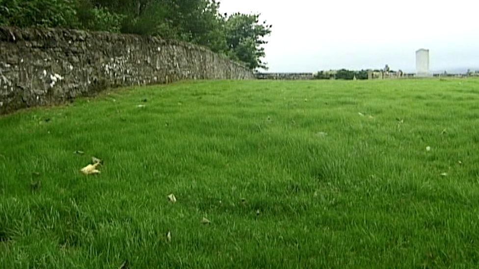 St Mary's Cemetery, Lanark