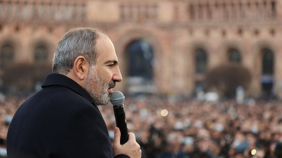 Supporters of Armenian Prime Minister Pashinyan rally in Yerevan, 25 February