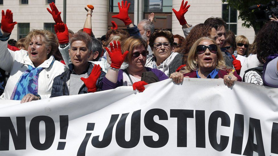 Protesters outside the courtroom in Pamplona - 26 April