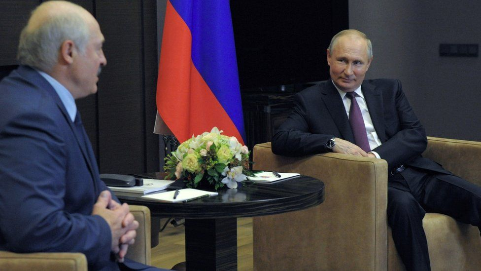 Alexander Lukashenko (left) with Vladimir Putin in Sochi, 28 May