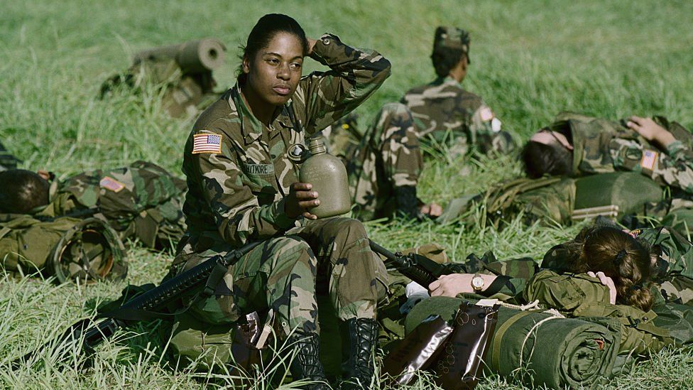 Should Women Be Eligible For Us Military Draft Bbc News
