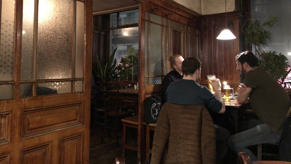 Drinkers in Wratschko
