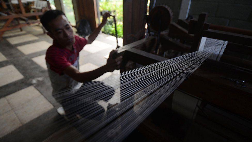 Silk spinning