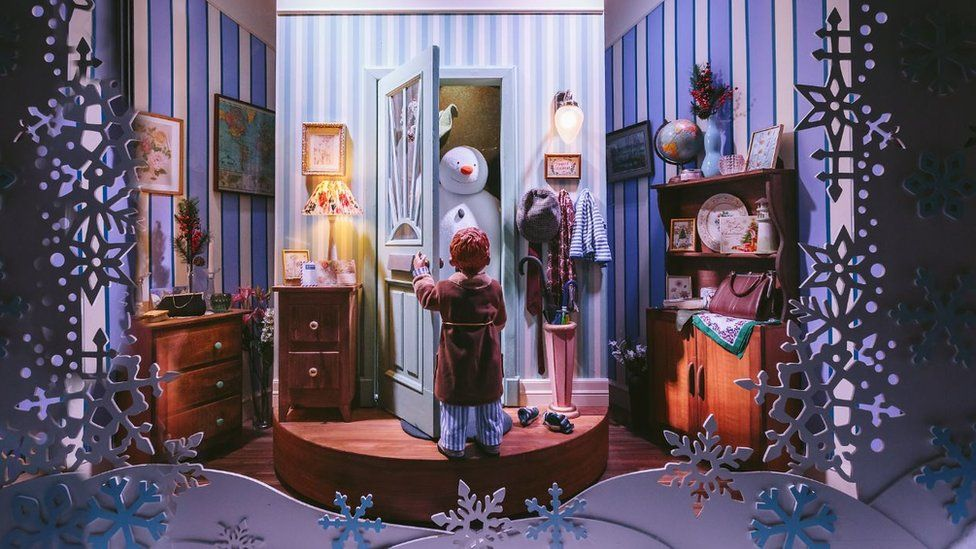Fenwick's The Snowman window 2018