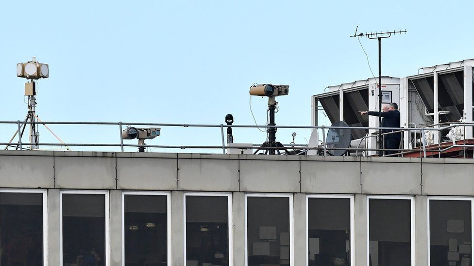 Anti-drone technology on roof at Gatwick airport